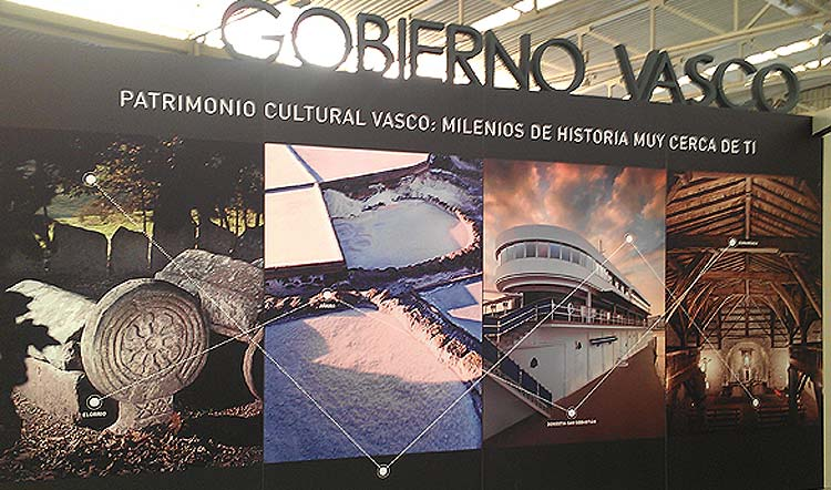 Luminosos Arga en Pamplona - Navarra